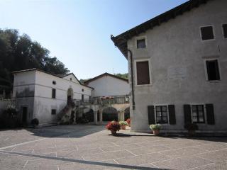 Charme B&B Palazzo Scolari - Friuli-Venezia Giulia vacation rentals