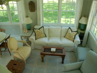 Charming Cape cod cottage - Duxbury vacation rentals