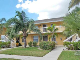 Enjoy the winter in paradise with wide water views!!! - Naples vacation rentals