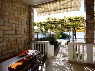 Apartments Divna - 43711-A3 - Stanici vacation rentals