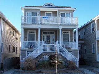 5722 Asbury Ave 2nd 113032 - New Jersey vacation rentals