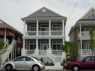 1113 Wesley Avenue 2nd Floor 121434 - Ocean City vacation rentals