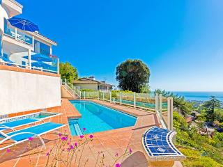 Sunset Villa, Sleeps 10 - La Jolla vacation rentals