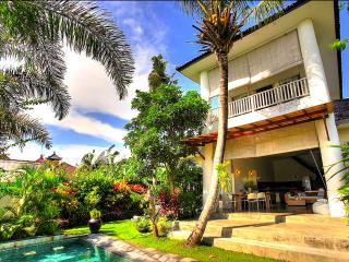 Gorgeous Villa Echo Beach Canggu - Cepaka vacation rentals