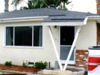 Front of house - Carlsbad CA 3 bed 1 bath in family neighborhood - Carlsbad - rentals