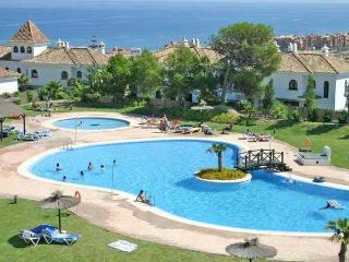Duquesa 2 Bedroom Apartment, 3 Swimming Pools - Manilva vacation rentals