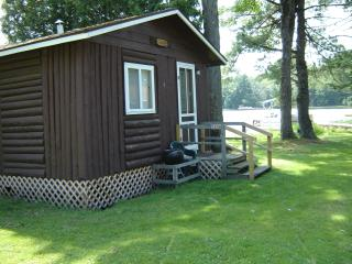 Lake Side House Keeping Cabins - Wisconsin vacation rentals