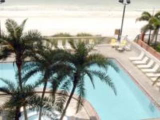 September Reduction Redington Beach 3br on Beach - Image 1 - Redington Beach - rentals