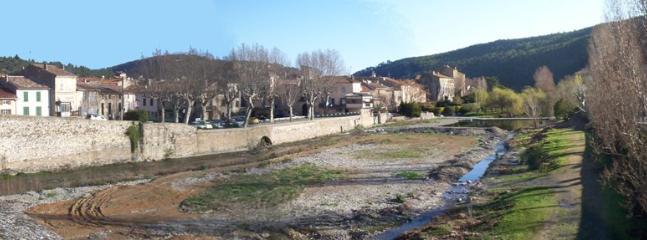 View of Bize Minervois Village - Old stone walled Gite near Narbonne beaches - Bize-Minervois - rentals