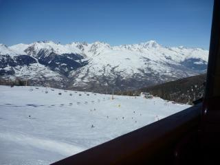 4* Duplex on the piste at 2000m - Les Menuires vacation rentals