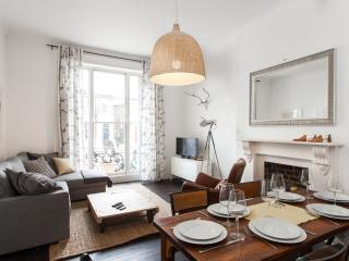 Stylish 2 Bedroom Camden Apartment with Wifi - London vacation rentals