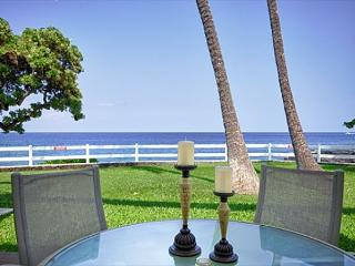 Fabulous Ocean Front Villa! Private Lanai Steps to the Lawn then Ocean!-RSC 109 - Kailua-Kona vacation rentals