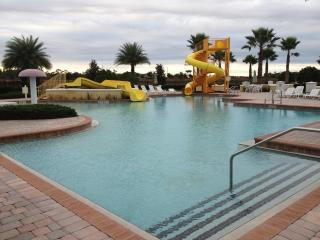 8BR/5BA DISNEY Golf  Vacation Home, Private Pool. - Davenport vacation rentals