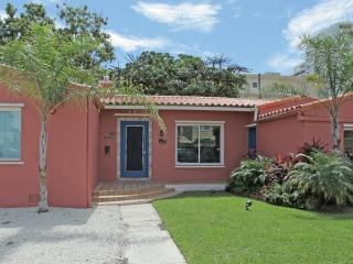 S. Beach House: Pool-Jacuzzi-BBQ: Walk Everywhere! - Miami Beach vacation rentals