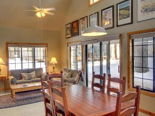 #29 Circle Four Cabin - Sunriver vacation rentals