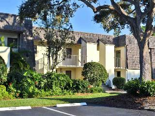 Lovely and spacious lakefront condo is 5 minutes from the beach- 14 day minimum - Naples vacation rentals