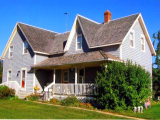 Stewart Harbourside Cottage - West Point PEI - Alberton vacation rentals