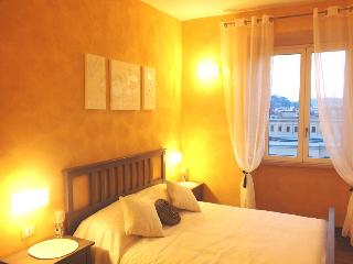Domus Solis San Pietro: New B&B front St. Peter's - Vatican City vacation rentals