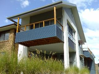 Idlewatch - Modern Beach House - Hawks Nest vacation rentals