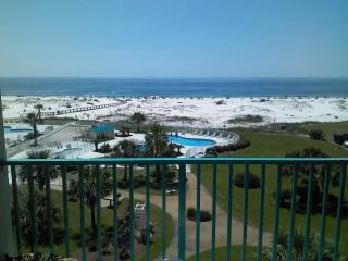 Magnificent Beachfront Condo,2 Bedroom,Plantation Palms,Great View - Gulf Shores vacation rentals