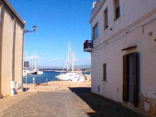 Cà Sabetta, perfect location and equipment - Calasetta vacation rentals