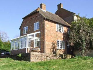 ORCHARD COTTAGE, open fire, AGA, walks from the doorstep, in Ashendon, Ref. 28928 - Eynsham vacation rentals