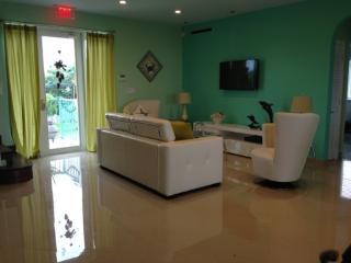 4 ROOM LUXURY HOME IN MARATHON FL - Marathon vacation rentals
