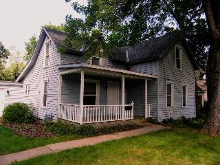 Hastings Cottage - Mississippi & St. Croix Rivers - Hastings vacation rentals