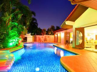 Grand Condo Orchid pool villa - Pattaya vacation rentals