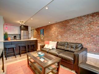 Capitol Hill~Walk to US Capitol~1Block from Metro - District of Columbia vacation rentals