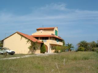 Accommodation on the beach on Corfu island-4 beds - Chlomos vacation rentals