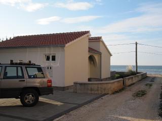 Beachhouse, Zaton Croatia - Privlaka vacation rentals