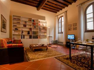 Duomo luxury Apartment, Elevator+WiFi (N. 1) - Tuscany vacation rentals