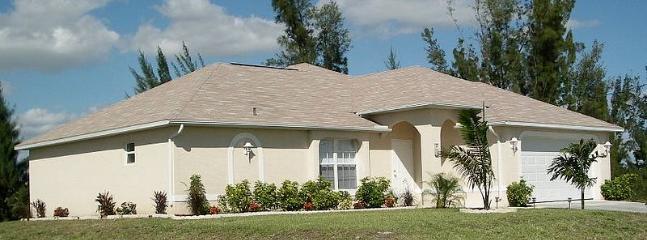 Villa American Eagle - Image 1 - Cape Coral - rentals