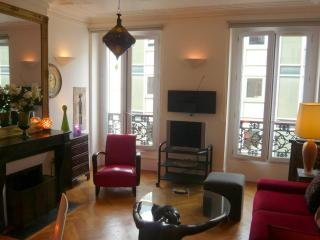 Pet- and Kid-Friendly Vacation Rental in Marais - Paris vacation rentals