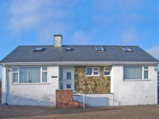 TREM YNYS, welcoming house, distant sea views, great for walking and watersports, Mynytho Ref 30996 - Gwynedd- Snowdonia vacation rentals