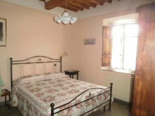 Bed and Breakfast Angelini in Lucca, Tuscany - Lucca vacation rentals