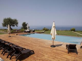 Villa Mediterraneo: Luxury Villa Rental - Calabria - Calabria vacation rentals