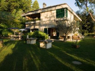 B&B VILLA FORTEZZA ASCOLI PICENO MARCHE - Ascoli Piceno vacation rentals