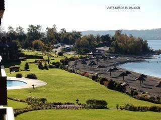 DEPTO DE VACACIONES A ORILLAS DEL LAGO VILLARRICA , CL - Villarrica vacation rentals