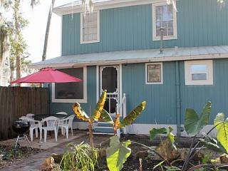 Family & Allergy Friendly Apt 1.5 Miles from Beach - New Smyrna Beach vacation rentals