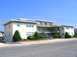 2828 Avalon Avenue Unit: 4 - Bethesda vacation rentals