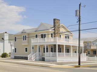 8330 Second Avenue - Stone Harbor vacation rentals