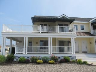 20 99th Street - Springfield vacation rentals