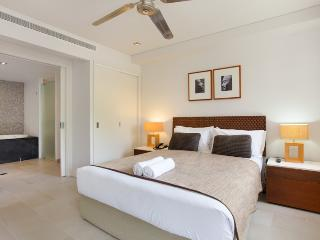 Penthouse Apartment 407 @ Sea Temple Palm Cove - Palm Cove vacation rentals
