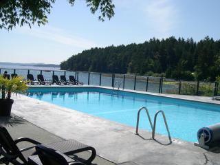 WATERFRONT MINI KITCHEN  SUITE - Nanaimo vacation rentals