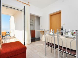 Apartments Nino - 41231-A3 - Podstrana vacation rentals