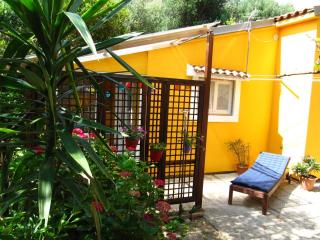 Happy Apartments, Mali Lošinj - Ap. Lemon for 2 - Nerezine vacation rentals