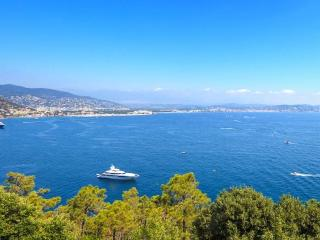Maison Antibes 1 Bedroom Vacation Rental with Balcony and Pool - Antibes vacation rentals