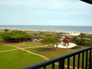 Renovation and Ocean Views made this Lovely 2BR/2BA Villa a Real Jewel - Hilton Head vacation rentals